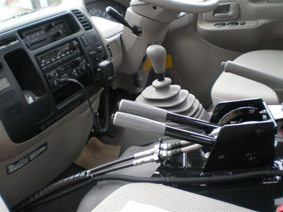 運転席の中