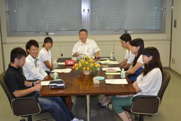 平成23年8月29日(月) 市長と語ろう「みなみあしがらの未来」(高校生・大学生との座談会)