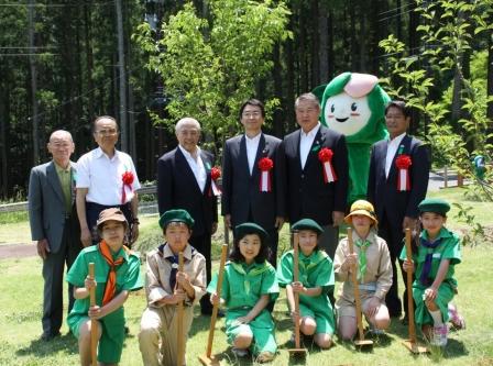"""平成24年5月27日(日) 緑の祭典""""かながわ未来の森づくり""""2012"""