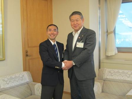 平成24年6月18日(月) JICA青年海外協力隊出発前表敬訪問(浅羽泰貴さん/タンザニアへ)