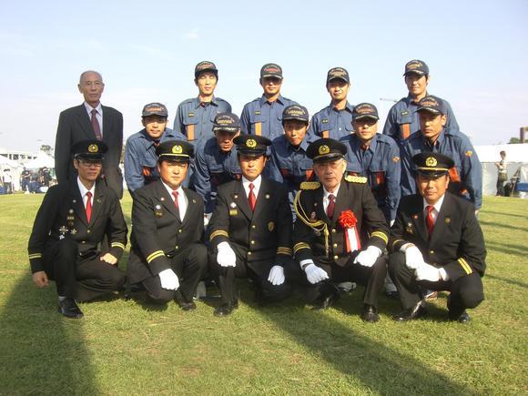 神奈川県消防協会長と記念写真